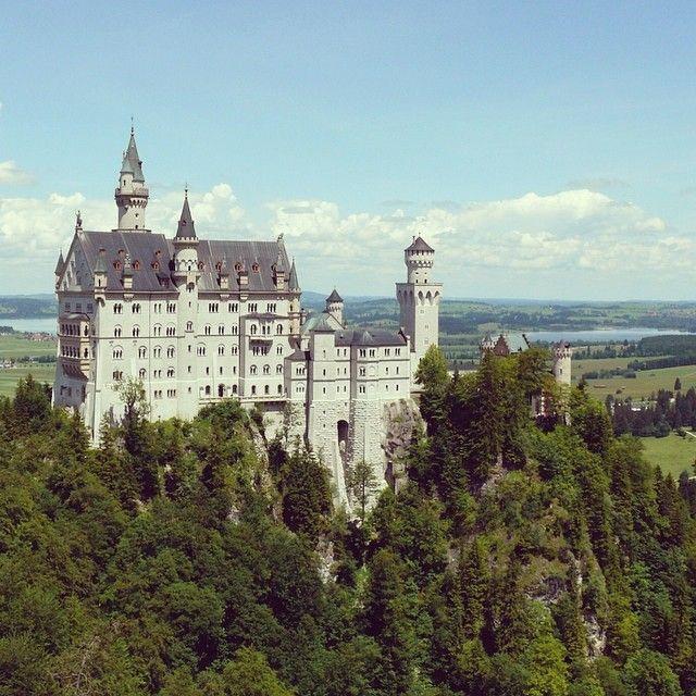 Europe S Best Affordable Castle Hotels Neuschwanstein Castle Germany Castles Schloss Neuschwanstein