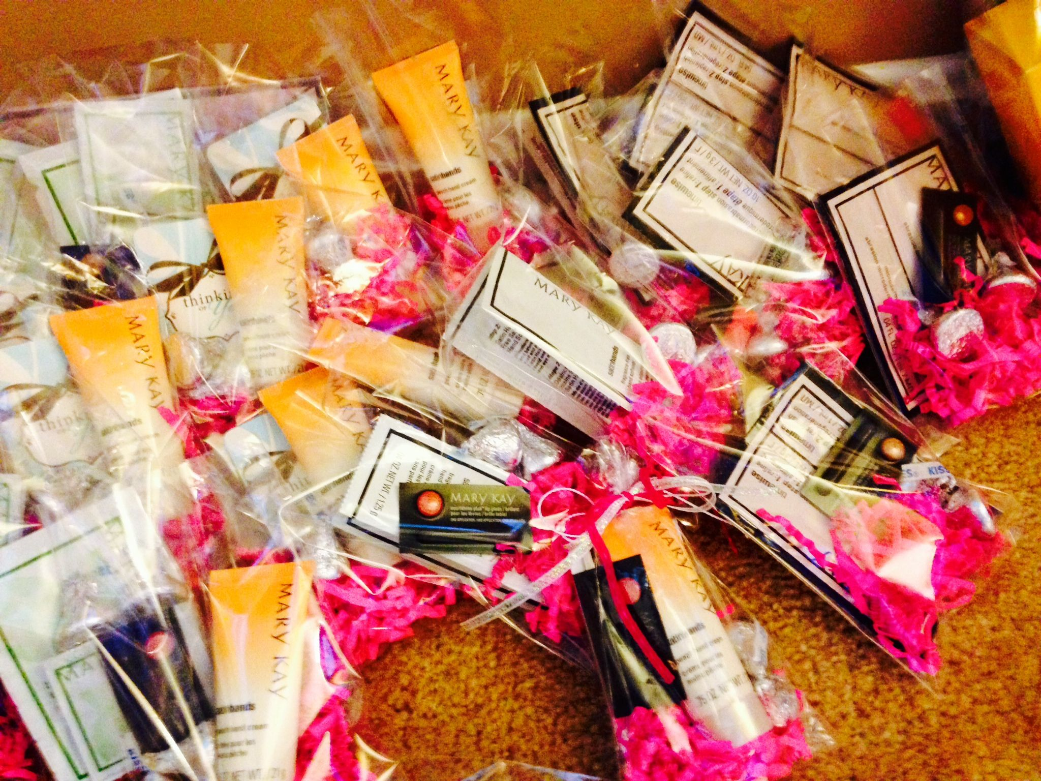 Sittin' on the floor, watching a movie making #marykay sample bags ...