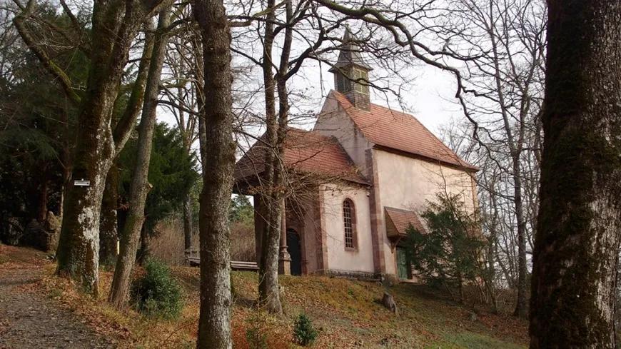 Le Plus Beau Village Murbach L Abbatiale Et La Chapelle Beaux Villages Lieux A Visiter Lieux