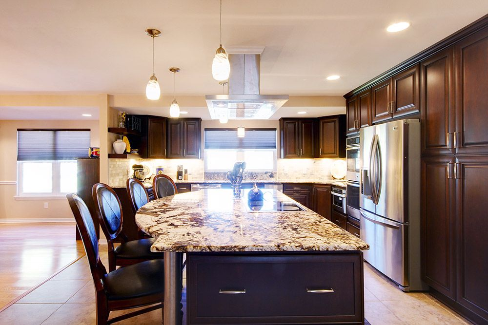 A remodel in Pensacola, Florida, transformed a kitchen ...