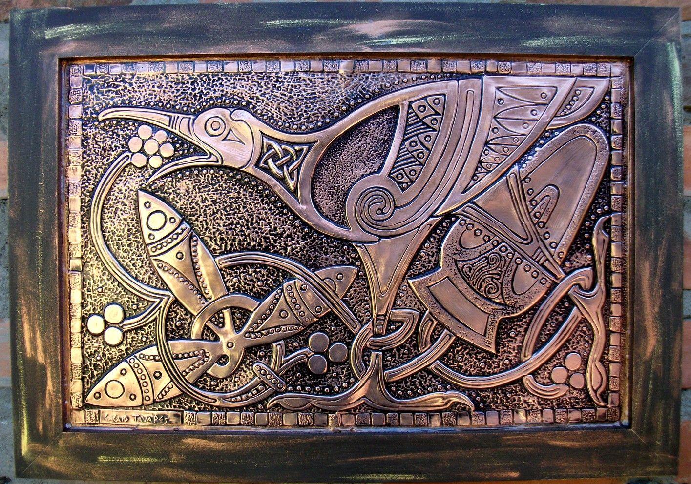 AVE CELTA - Repujado sobre cobre.