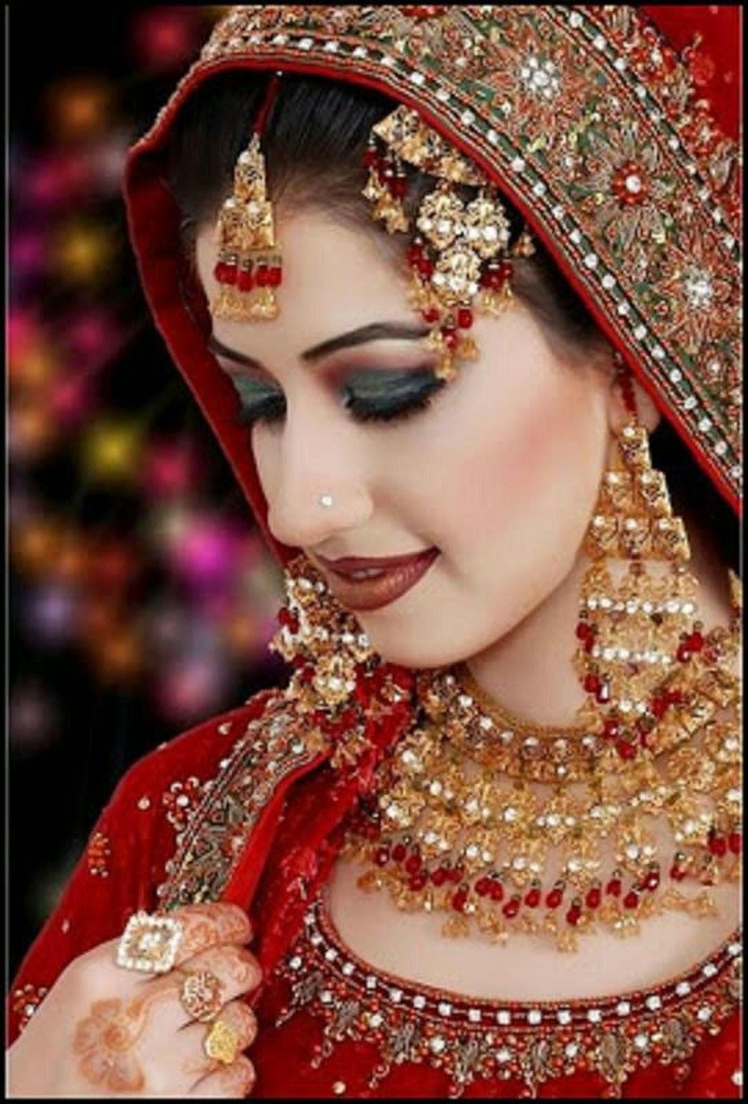 Beautiful Dulhan Makeup Pic   Saubhaya Makeup