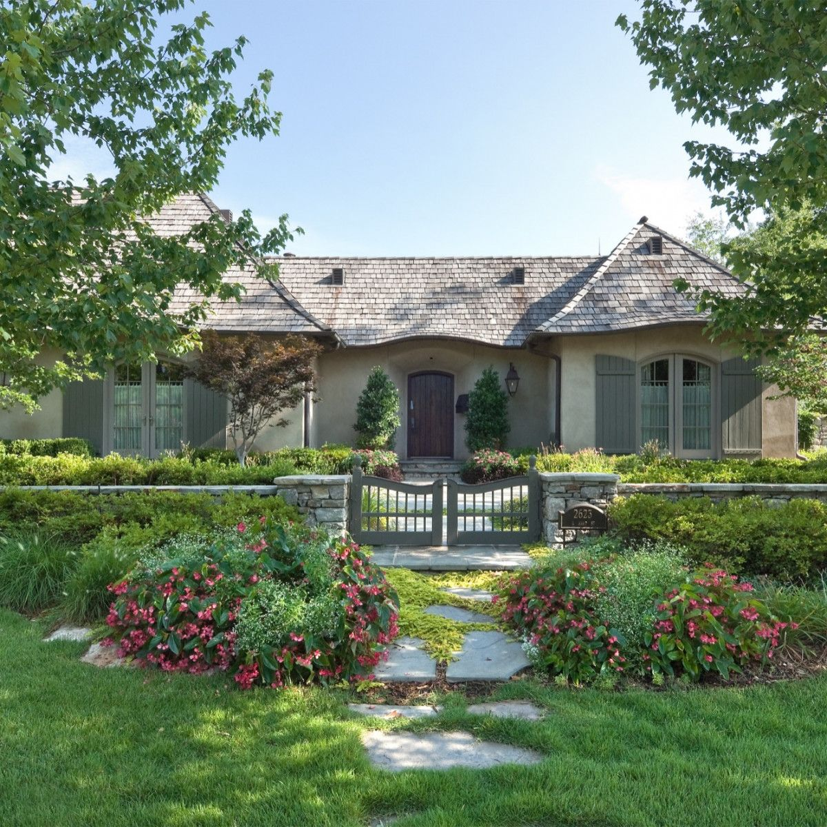 Madeleine Cottage Cottage Exterior Cottage Exterior Colors French Country Exterior