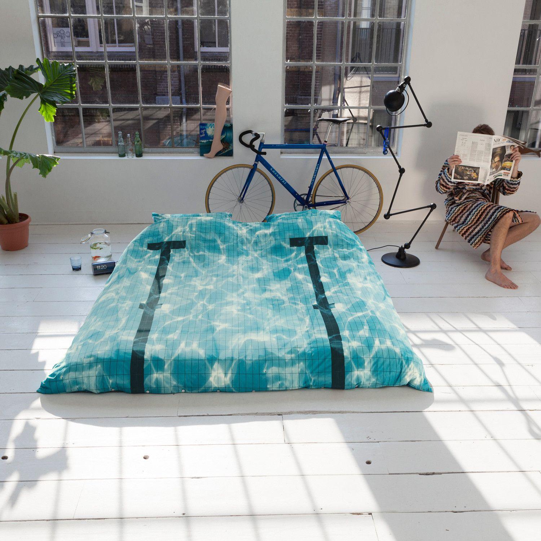 Pool bedding