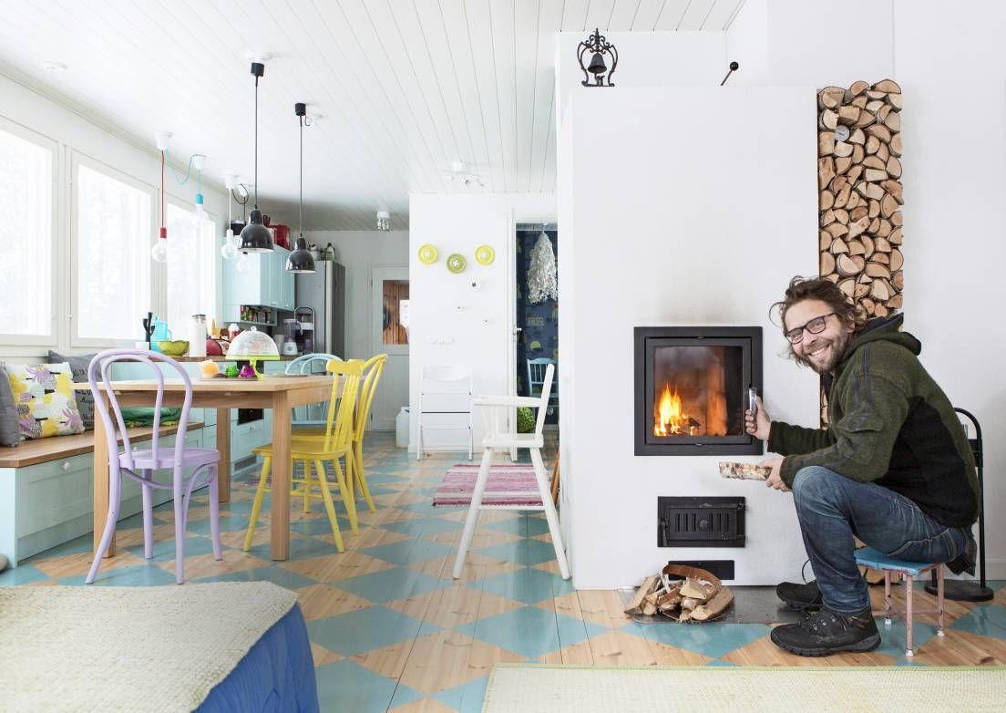 Luonnonläheistä mökkielämää – stand up -koomikko Ilari Johansson rentoutuu omalla pikku saarellaan Heinolassa | Meillä kotona