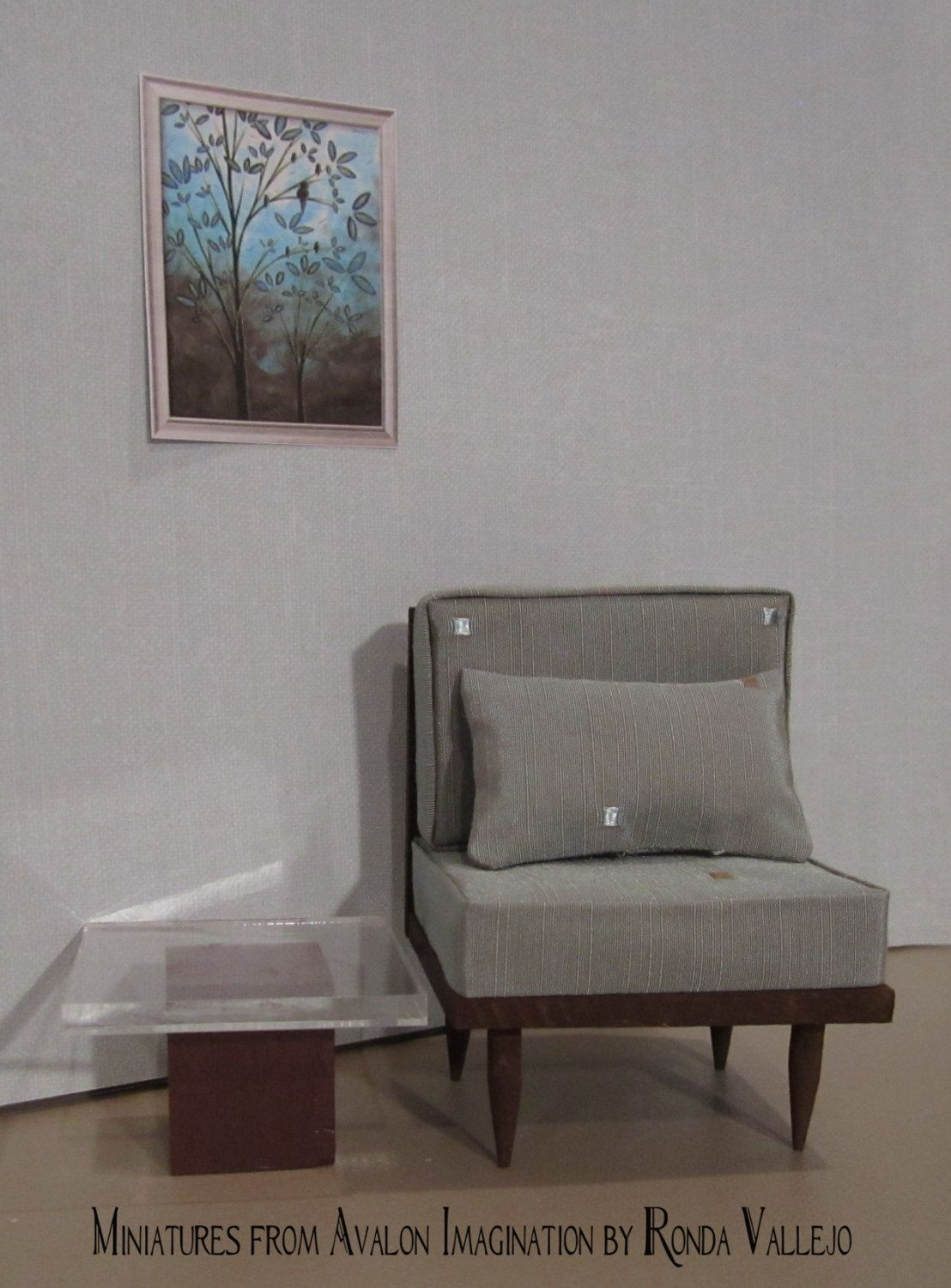 1:6th Scale Barbie, Blythe, etc. Miniature dollhouse Chair and pillow upholstered in decorator style fabric