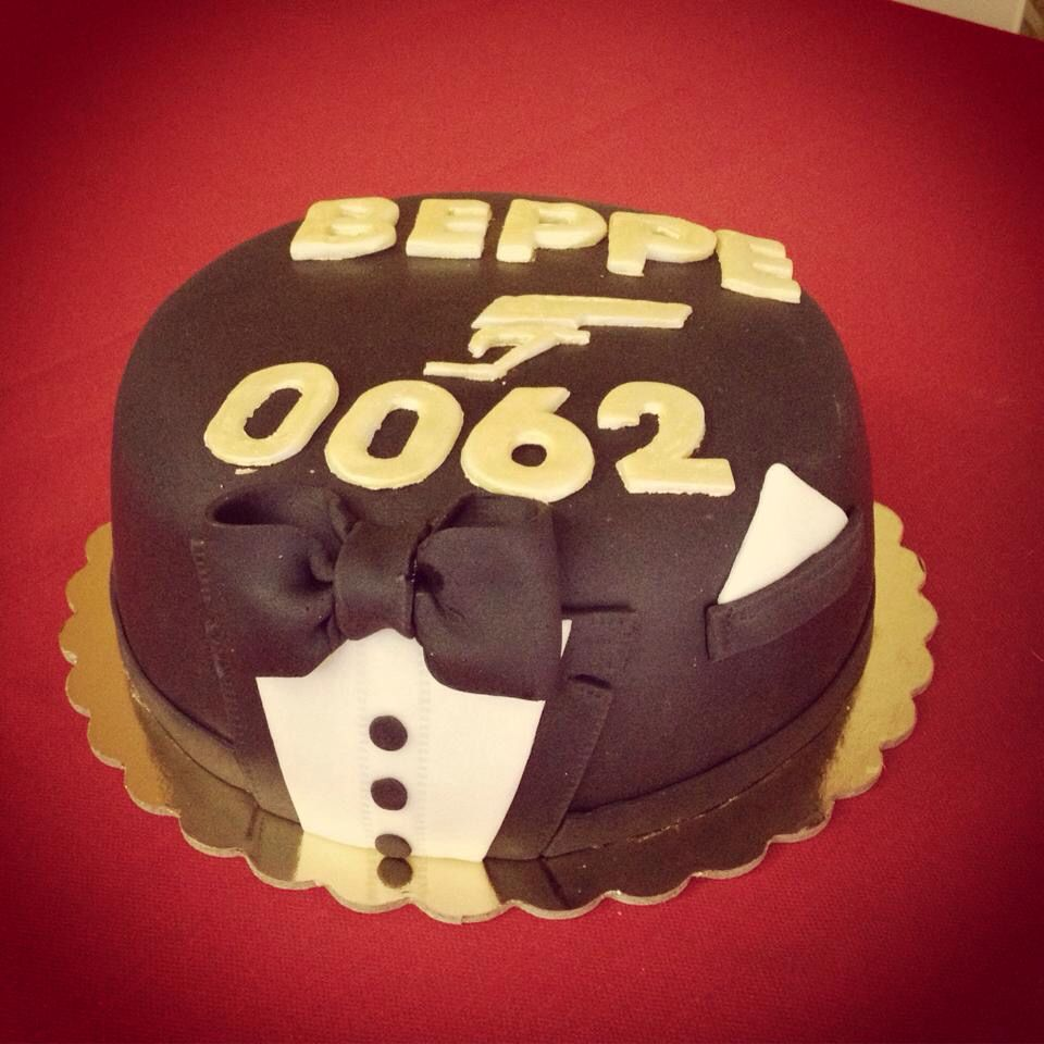 007 james bond cake happy birthday beppe le mie torte 007 james bond cake happy birthday beppe thecheapjerseys Images