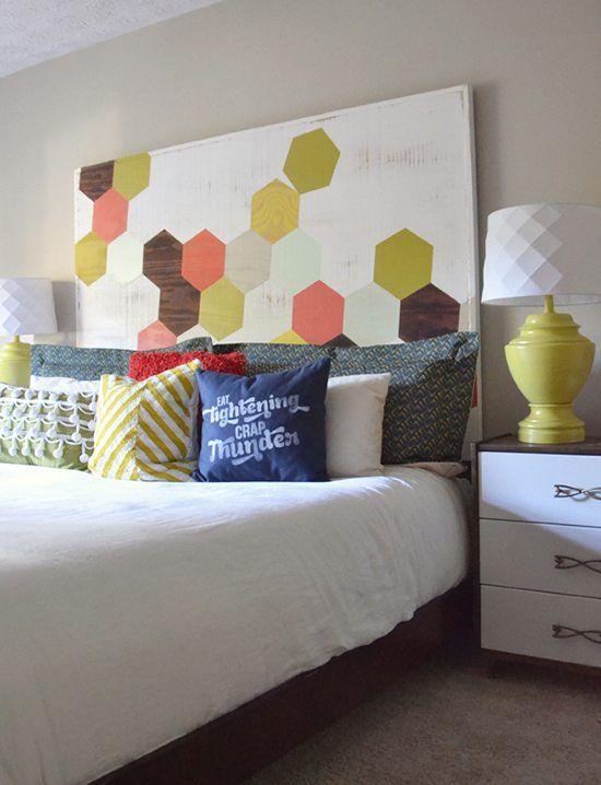 Ideas para cabeceros de cama pintados que puedes hacer tú mismo - https://decoracion2.com/ideas-cabeceros-de-cama-pintados/ #Cabeceros_De_Cama, #Diy, #Muebles_Pintados