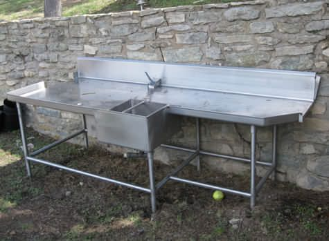 Outdoor fish cleaning sink hubby 39 s spaces pinterest for Fish cleaning table with sink