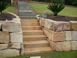 Sandstone Retaining Wall Google Search Landscaping Retaining Walls Pool Landscaping Front Yard Landscaping