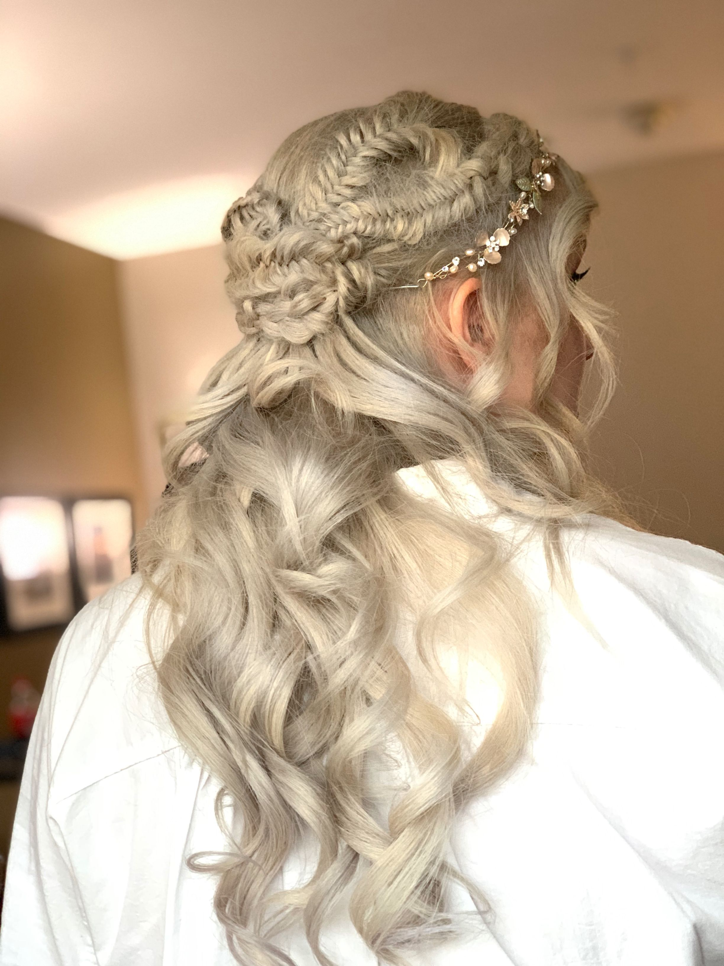 Game Of Thrones Bride Hair Styles Wedding Hair And Makeup Wedding Hairstyles Bride
