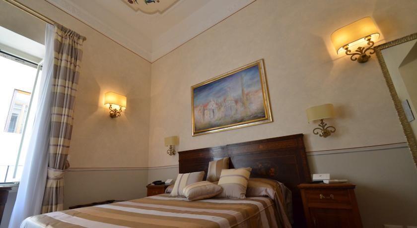 L\'incantevole Trevispagna Charme B&B ti aspetta nel centro di Roma ...
