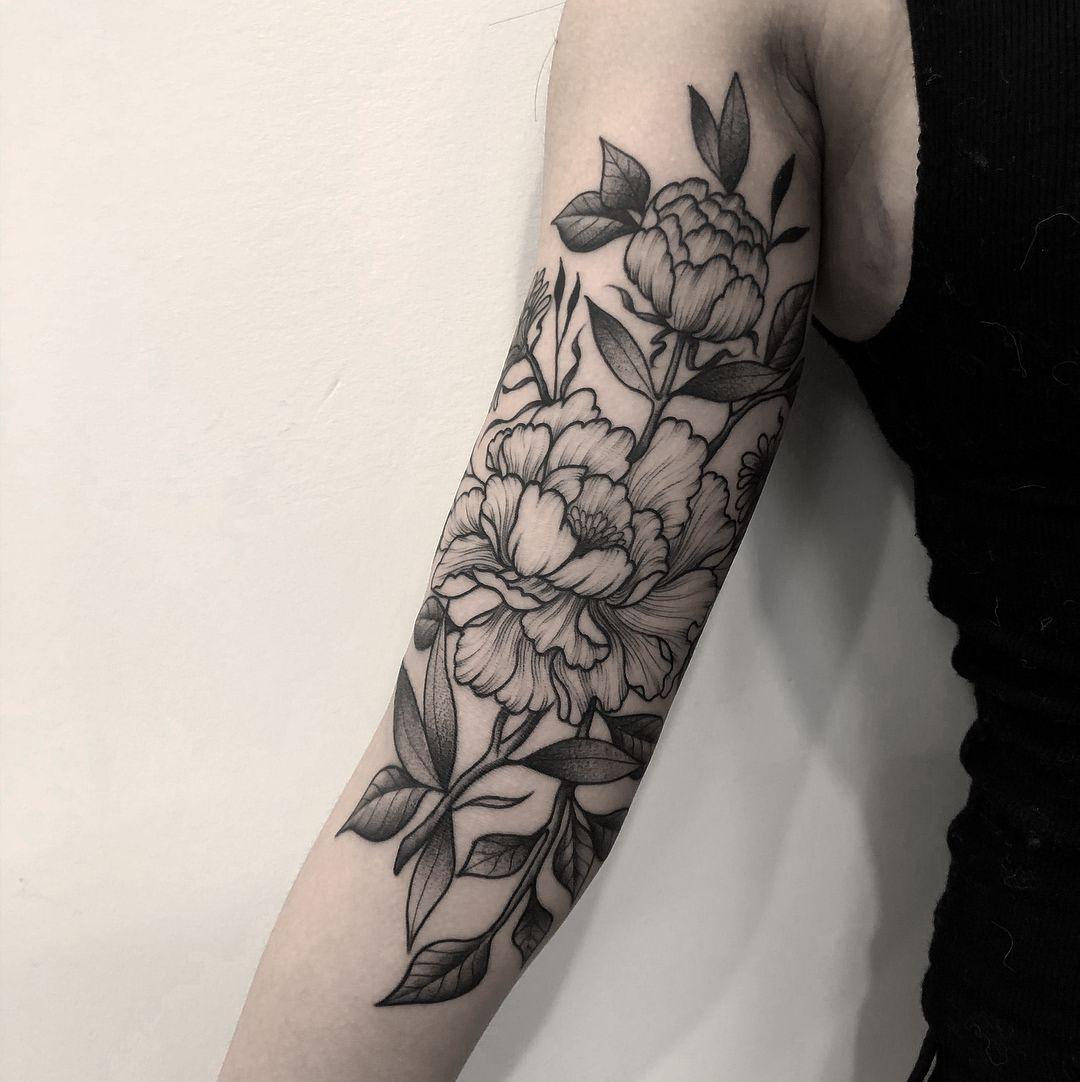 Chronic Ink Tattoo Downtown Toronto Blackwork Tattoo Sebastian Peonies Floral Tattoo Sleeve Ink Tattoo Half Sleeve Tattoo