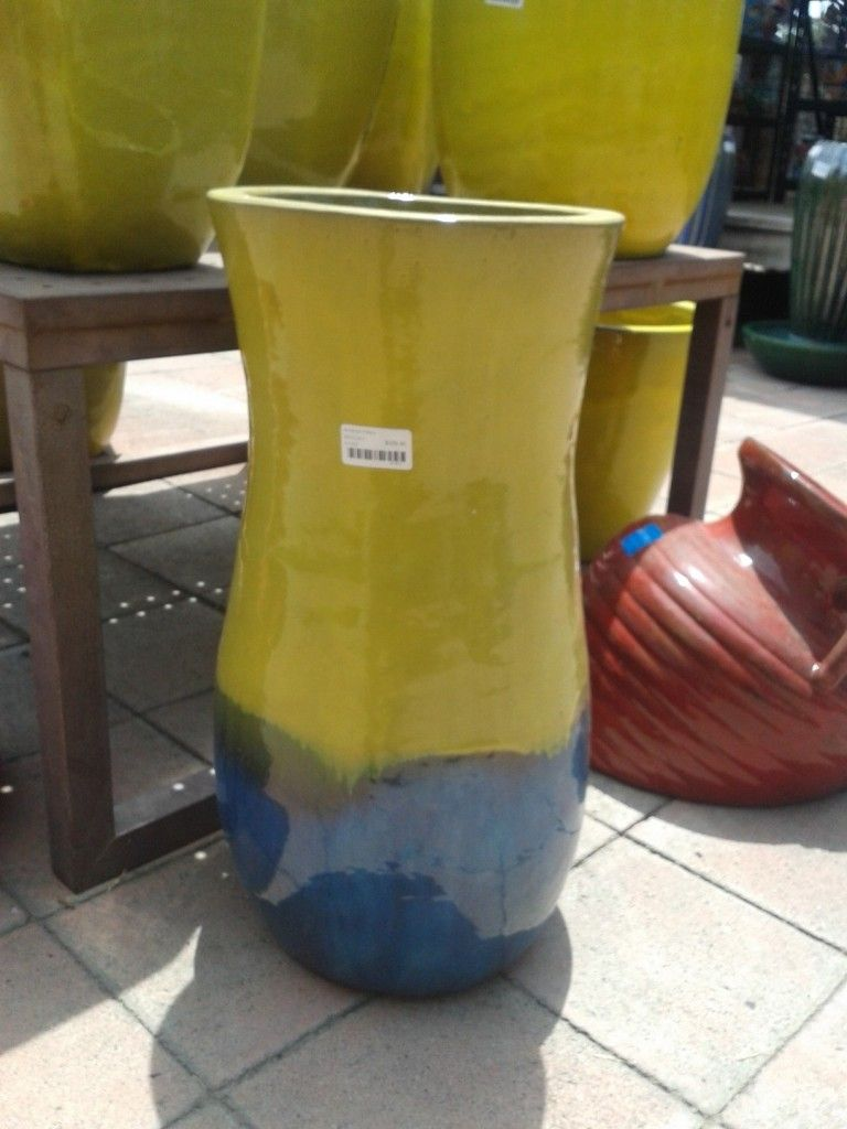 color combination on a glazed planter