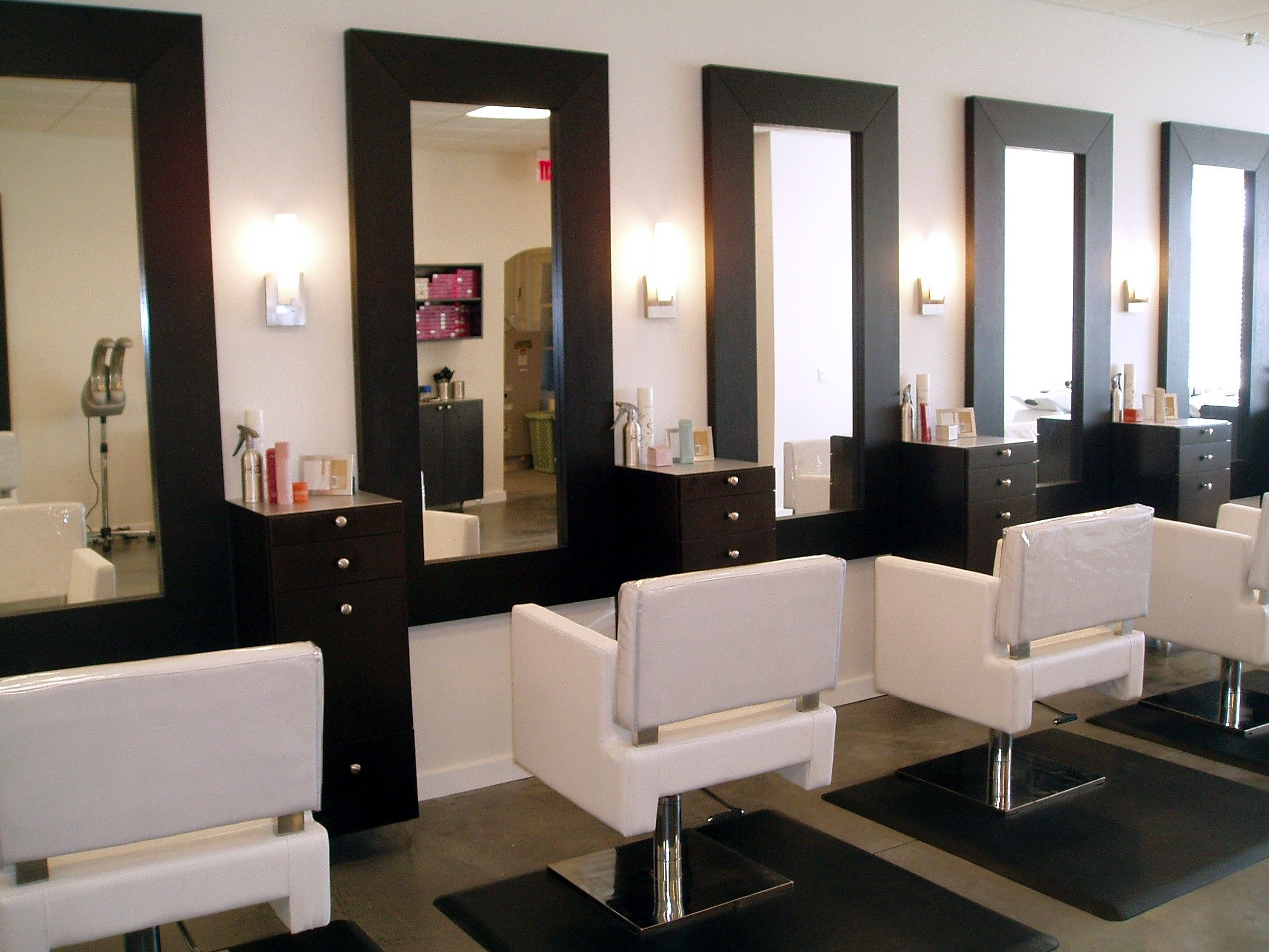 Beauty Salon Salon Styling Stations Gallery Salon In 2019 Salon