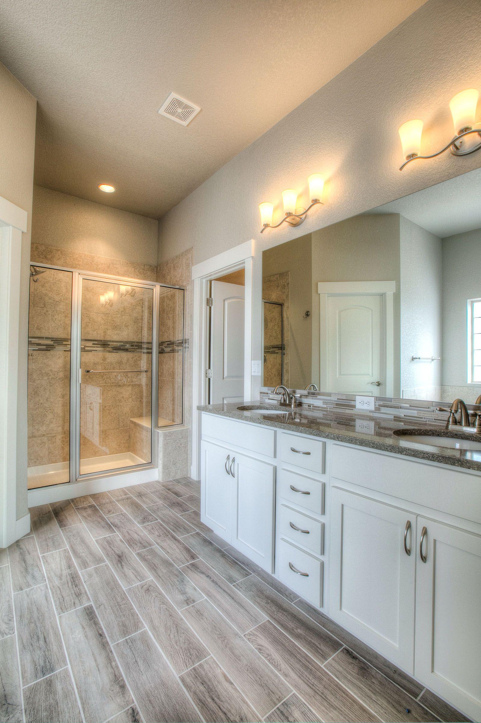 Master Bath 2nd Bath Norwood Oak Plank Tile 2708