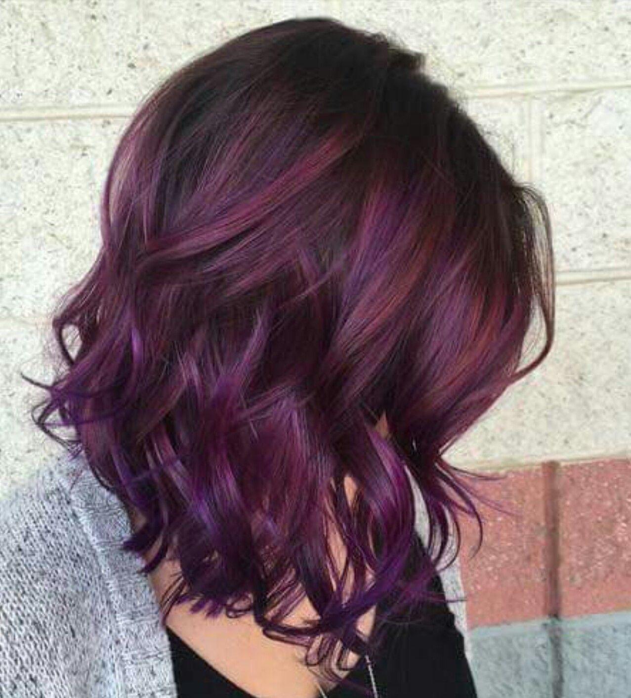 mörk lila hår