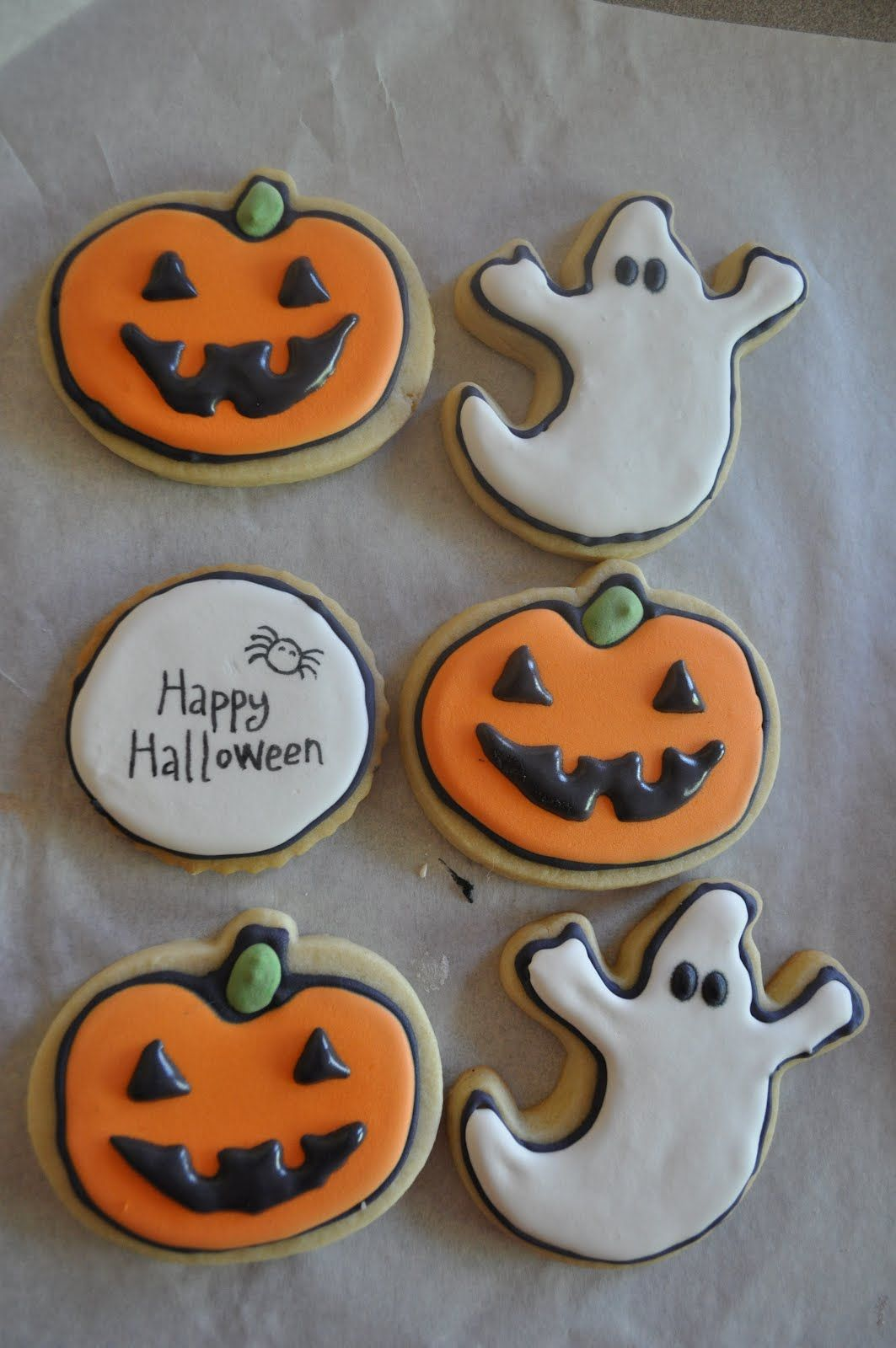 Classic cookies Boo-tiful Halloween Treats Pinterest Cookies - Halloween Decorated Cookies