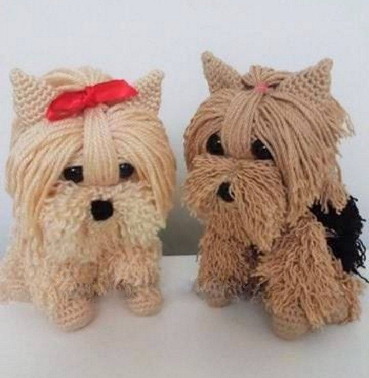 Beautiful dogs crochet yarn in with tutorial explaining ...