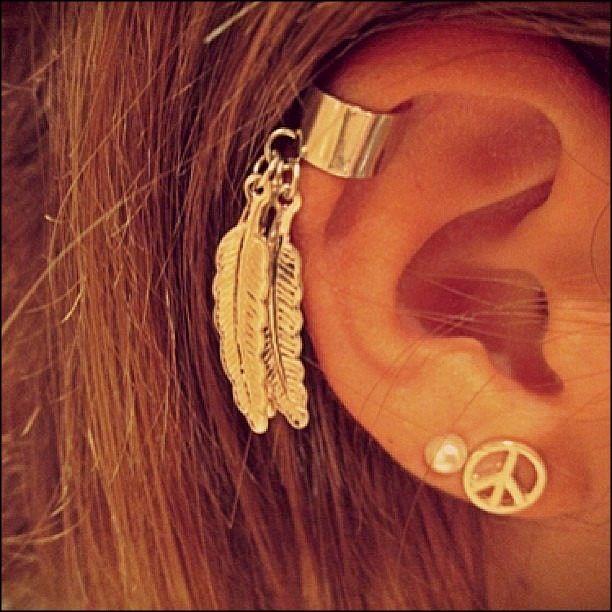 Peace, pearls & leaf cuffs. Ear piercings earrings