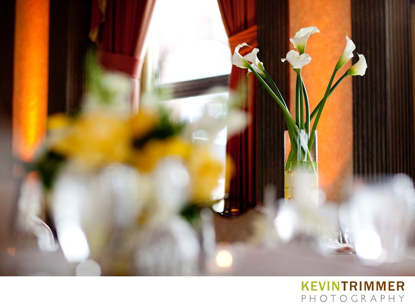 Wedding reception calla lily table centerpieces. www.kevintrimmer.com