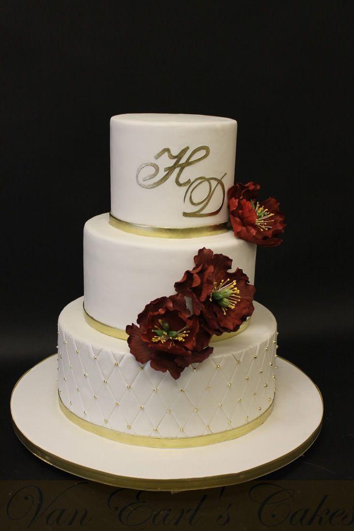 Van Earl's Cakes: Pearl White & Gold