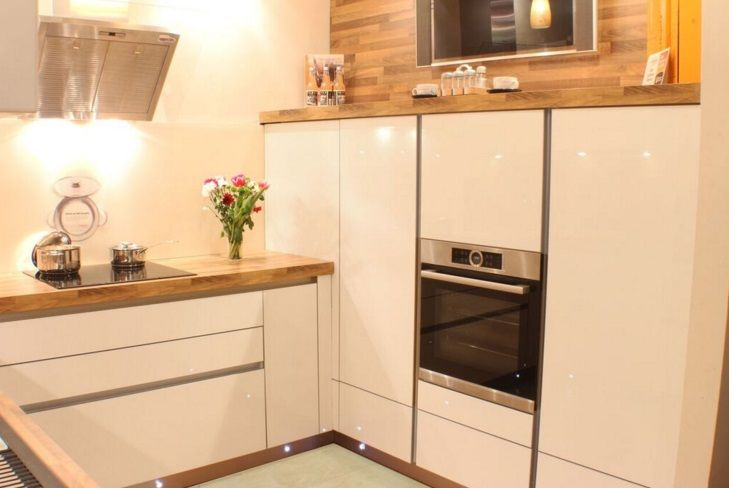 Design your perfect kitchen with a glass of bubbly, Sounds like a good offer to me?