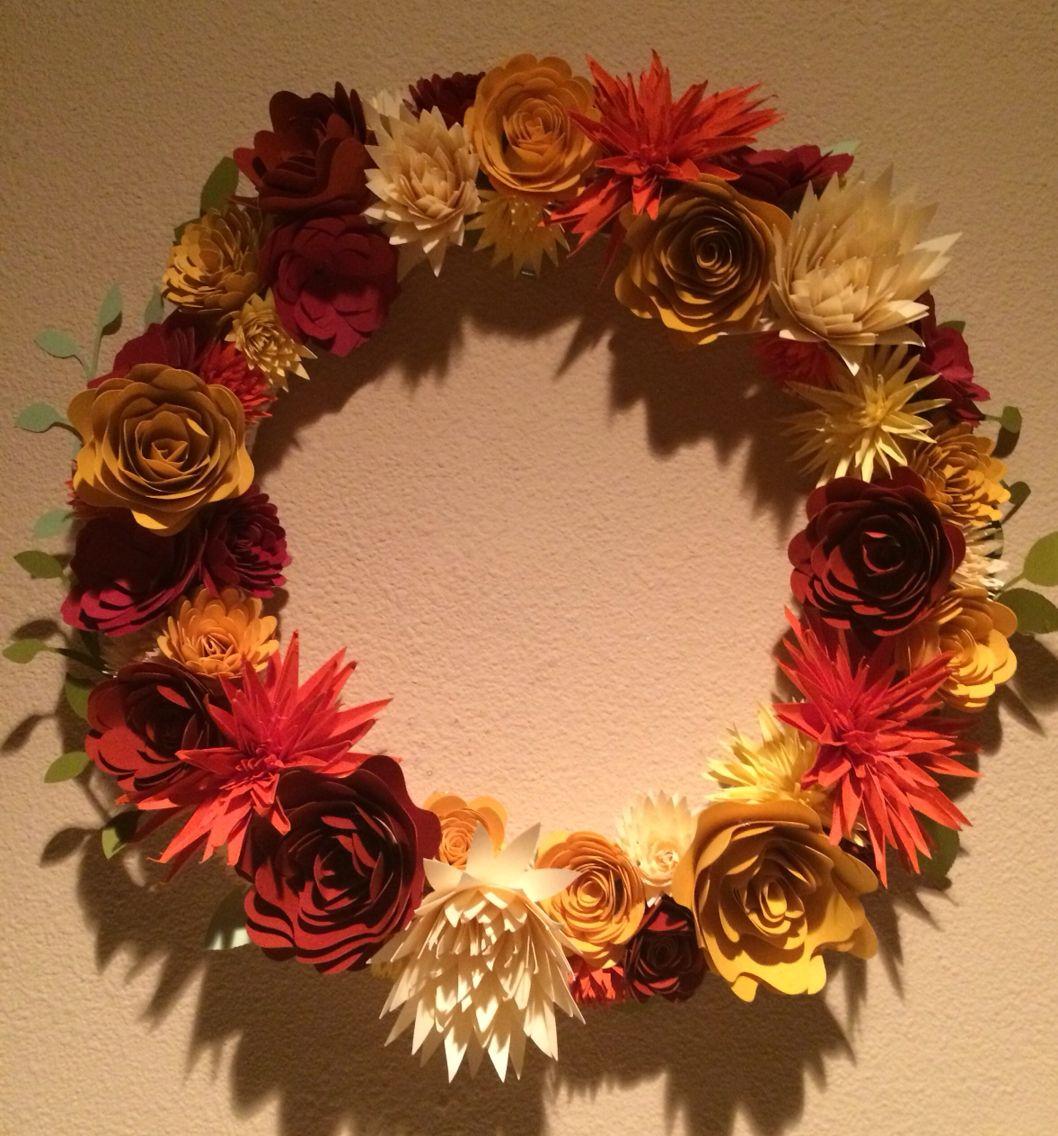 Paper Flower Wreath I Used The Cricut Explore Cartridge Giant