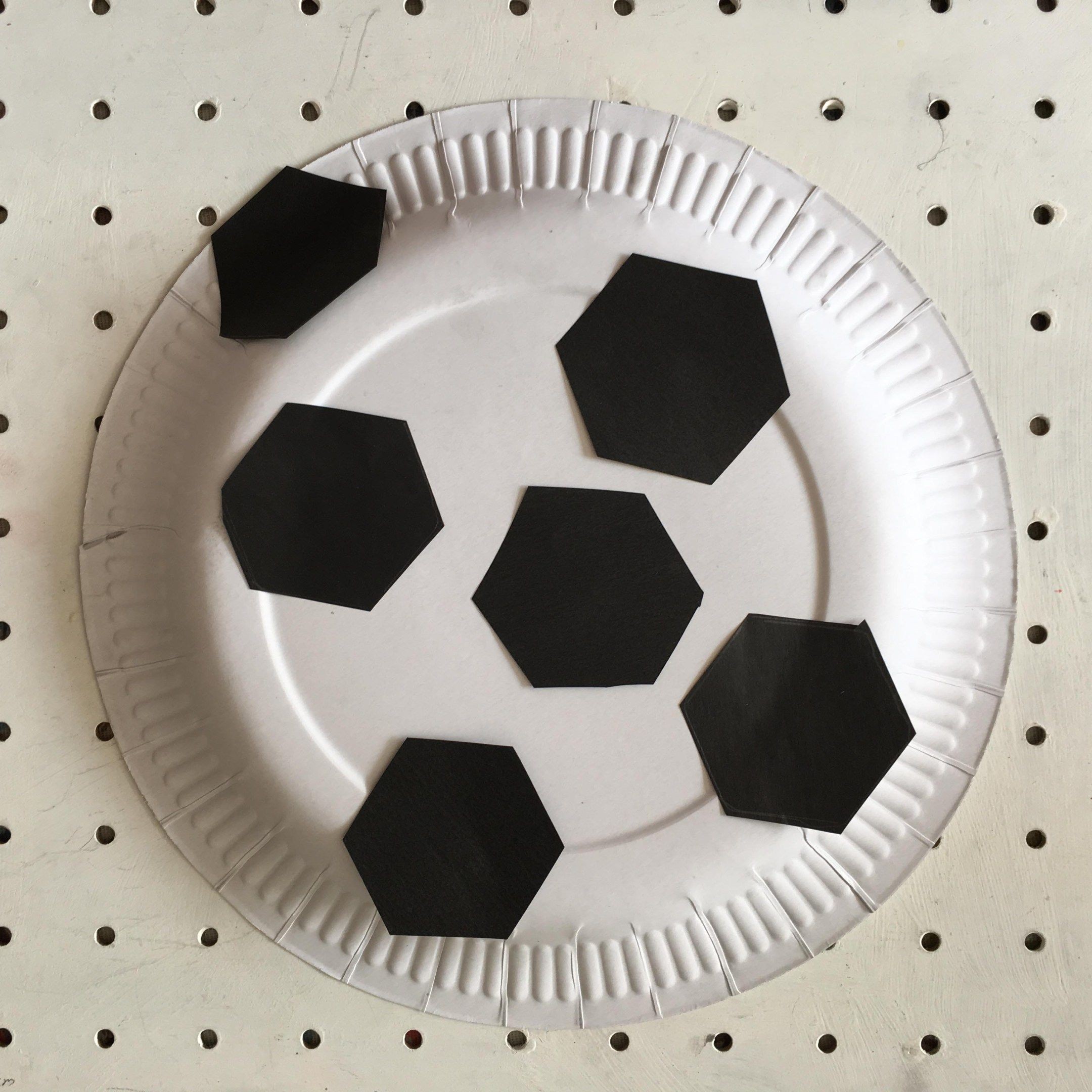 euro 2016 paper plate football craft for kids crafts football and kid