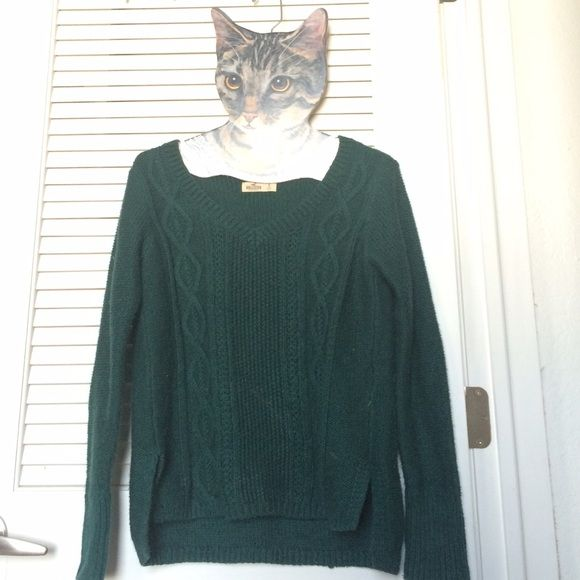 Hollister green sweater Brand new (washed once) Hollister Sweaters Crew & Scoop Necks