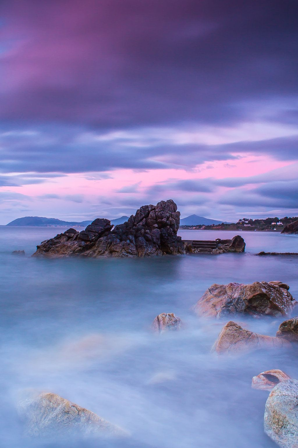 Pink silence by ~GregWan