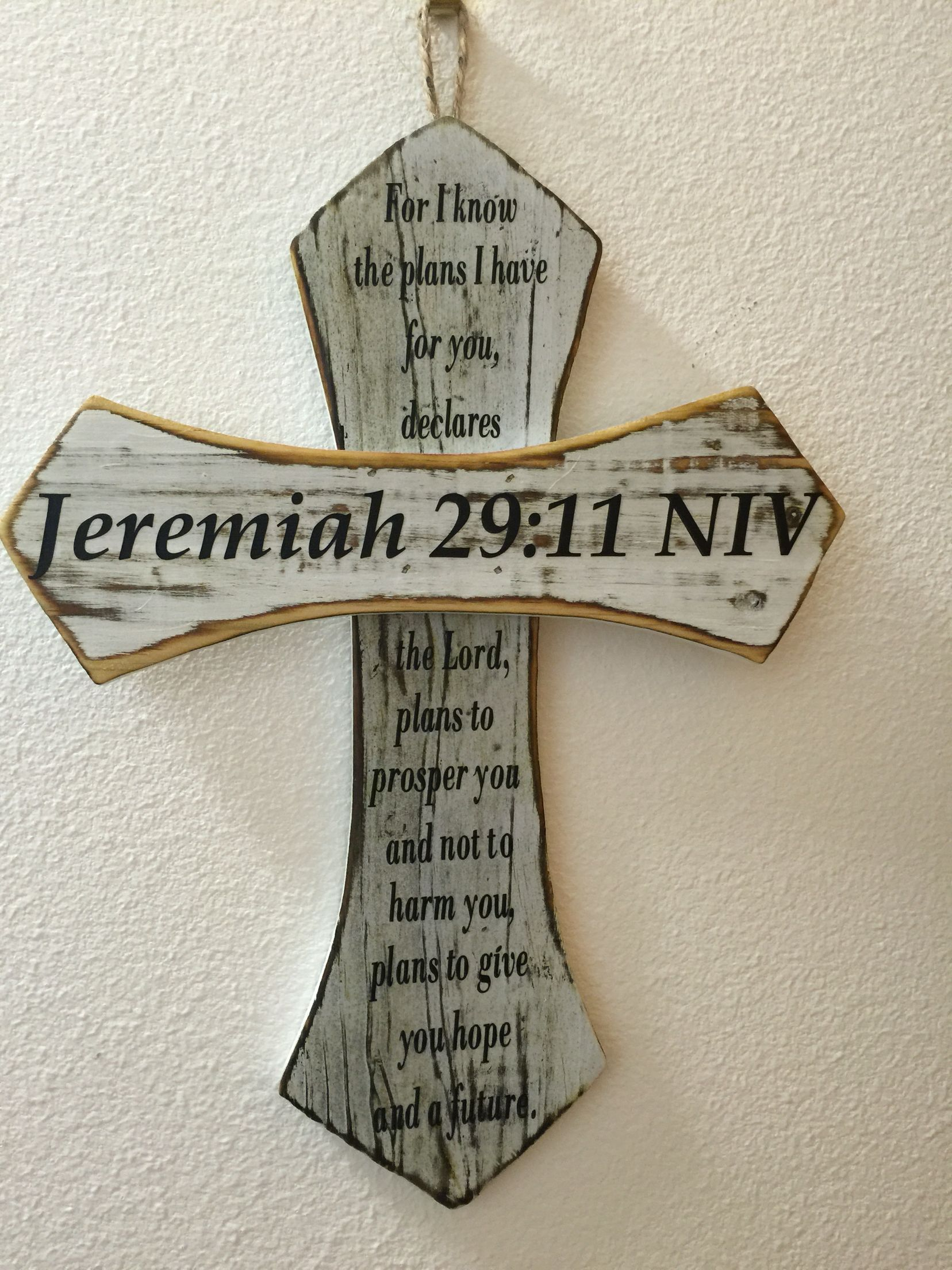 I made a vinyl Bible verse for each cross to give out for Christmas gifts.