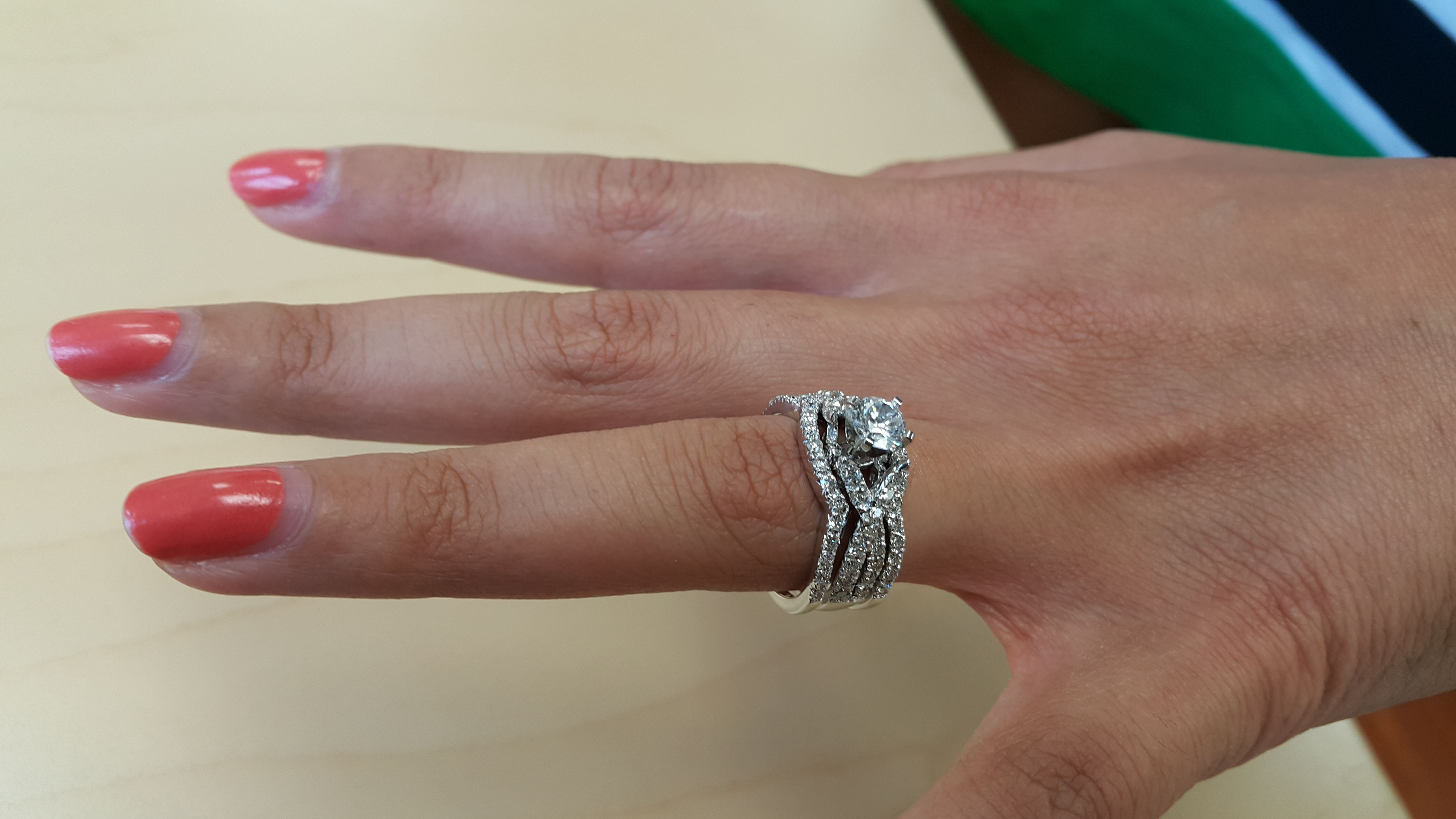 Rings On Hand Bridal Set Br702w Engagement Ring And Ladies