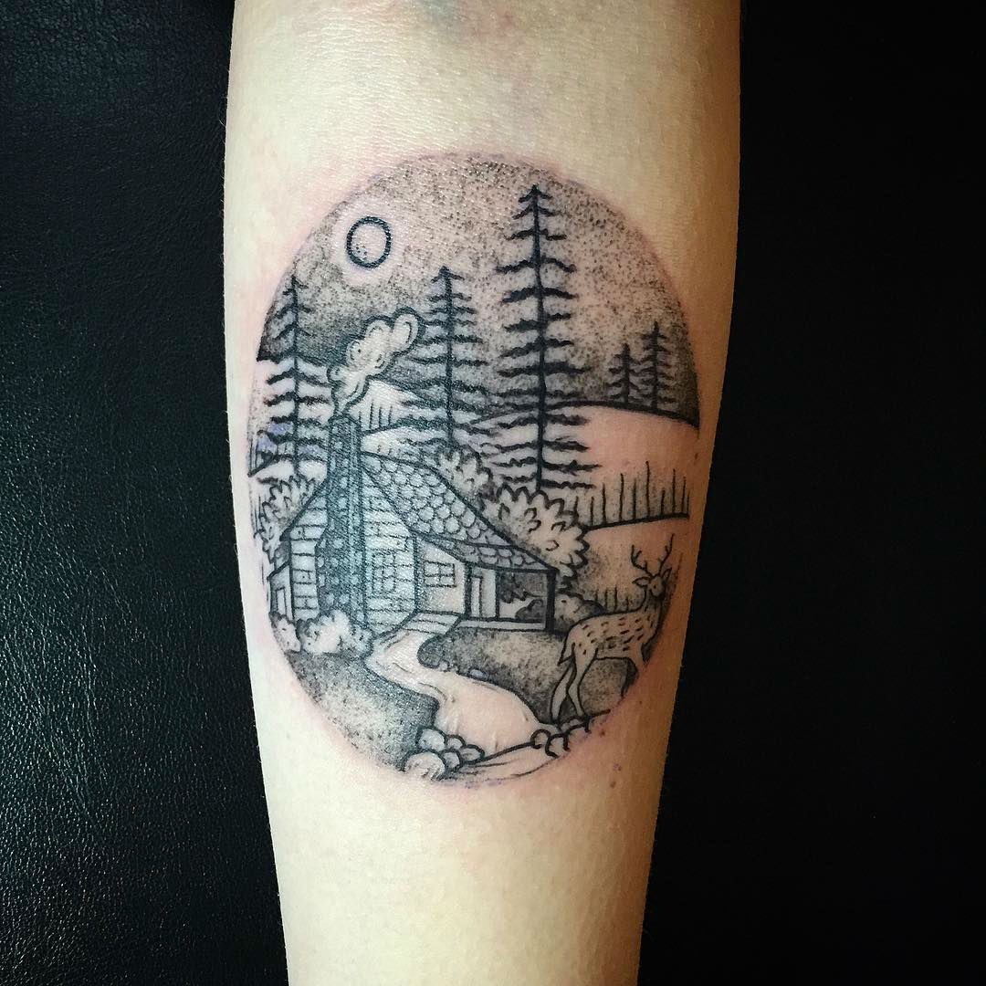 Circle Tattoo Design Mountain