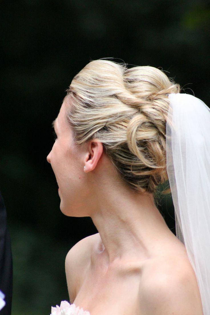 hochzeitsfrisur mit schleier - braut frisuren | wedding