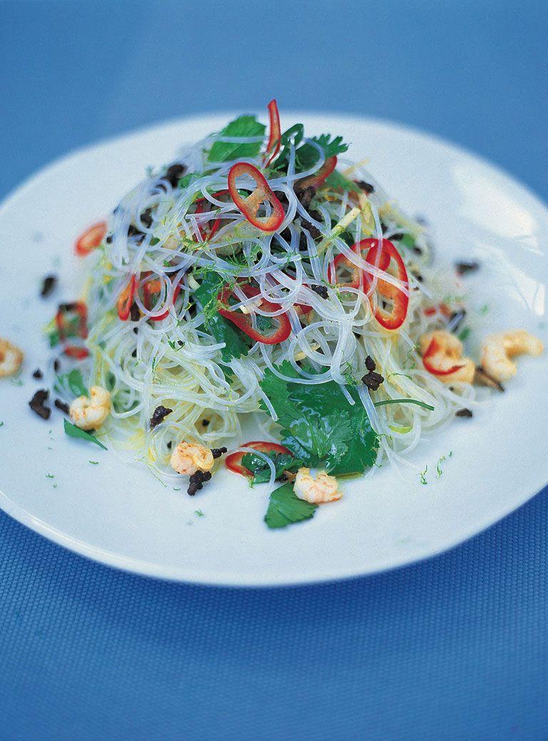 fresh asian noodle salad rezept asiatisch cooking. Black Bedroom Furniture Sets. Home Design Ideas