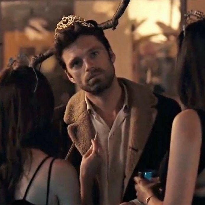 Pin Na Sebastian Stan