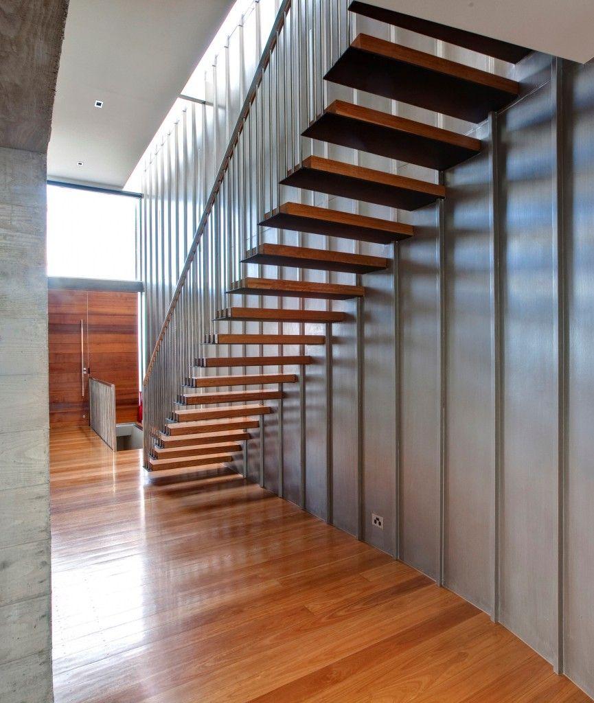 Double Height Stair Wall Design Google Search Modelos De Escadas Escadas Decoracao