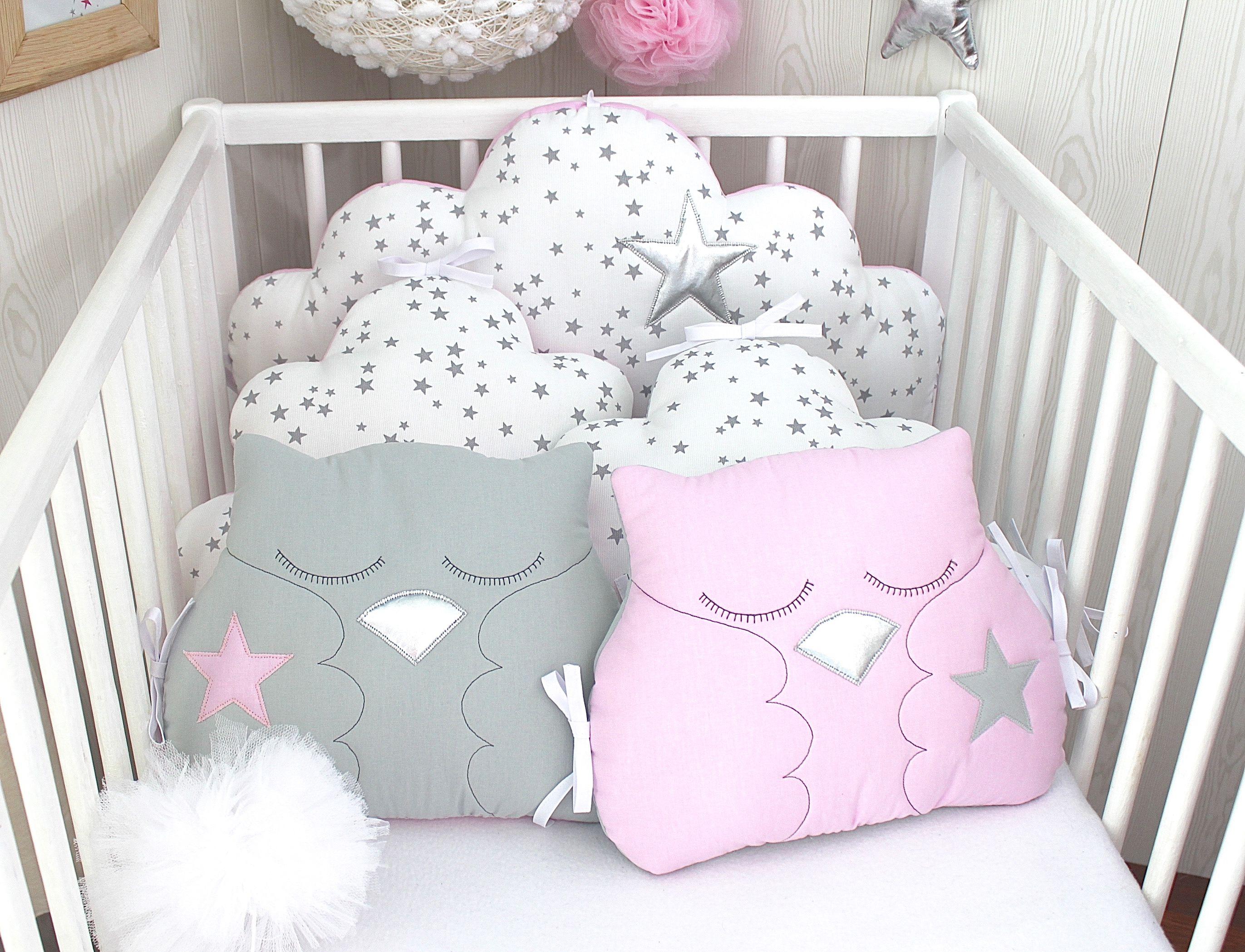 Tour de lit bébé, 60cm large, nuages, étoiles et hiboux ...
