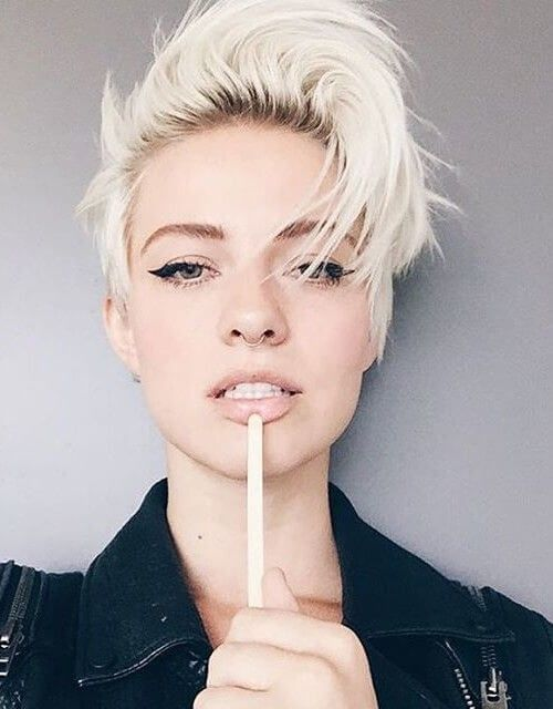 50 Pixie Haircuts Youll See Trending In 2018 Short Hairstyle