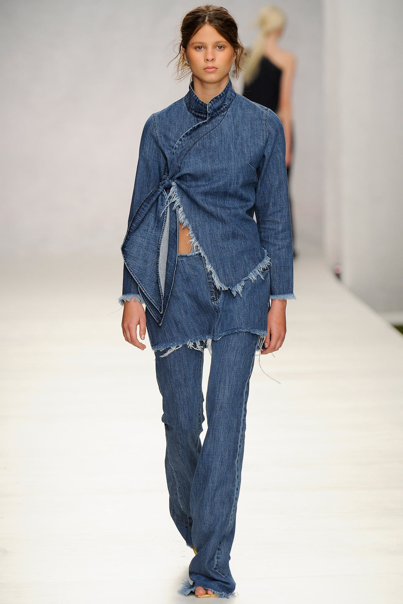 Marques'Almeida Spring 2014 Ready-to-Wear - Collection - Gallery - Style.com