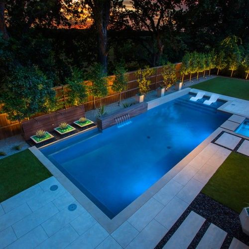 Pin By Tawnya Jamison On Pools Backyard Pool Landscaping