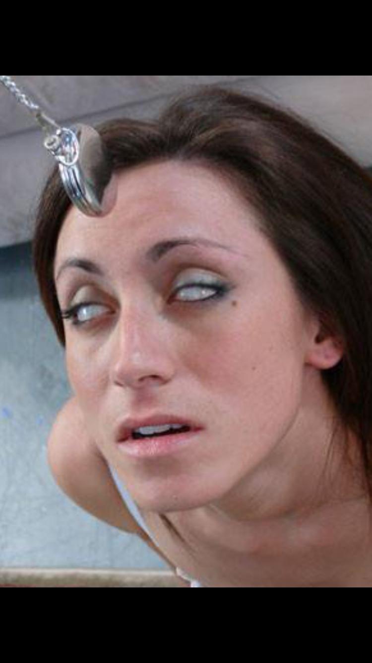To sleep hypnotized woman How to