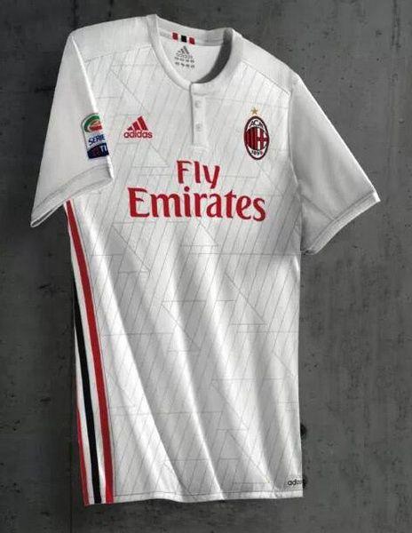 La nueva Segunda Equipacion Camiseta AC Milan 2017 2018 será blanco que  ofrece una impresión gruesa 4d4337a8ef5b9