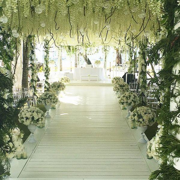 In Photos Chiz And Heart S Balesin Wedding Wedding Aisle Decorations Heart Evangelista Wedding Wedding