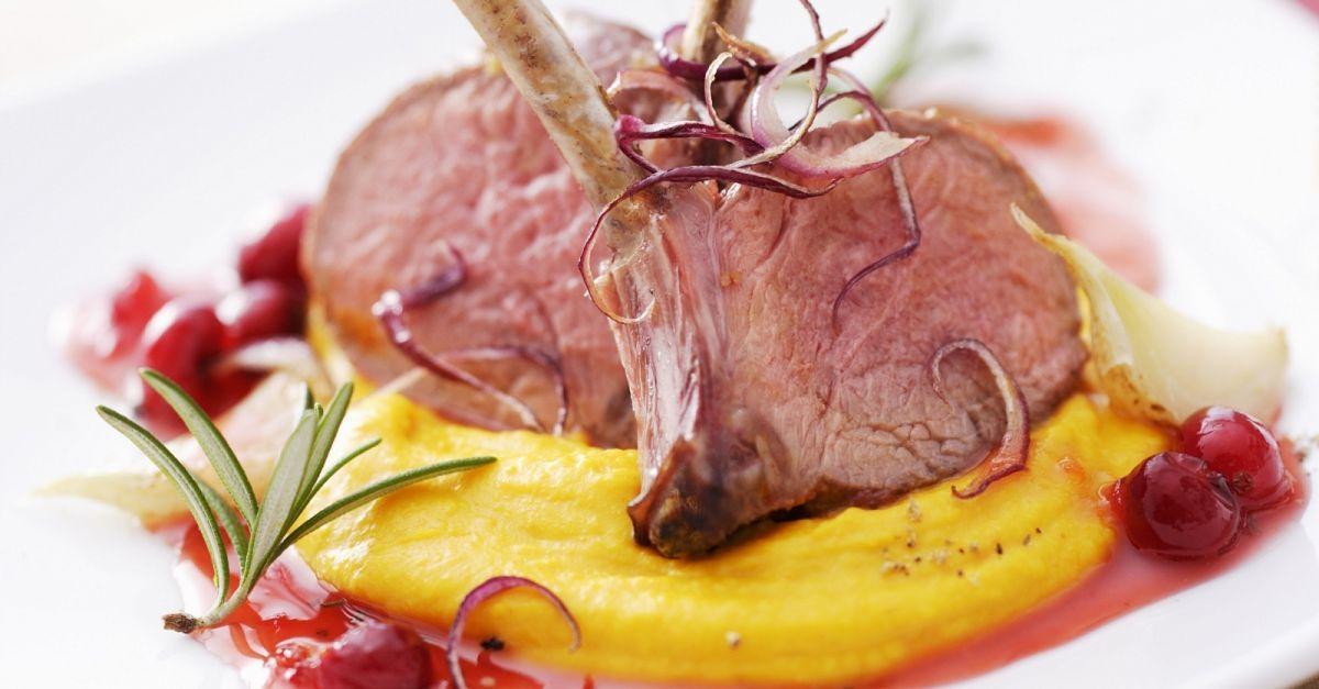 Lammkoteletts Mit Puree Aus Kurbis Und Cranberrysosse Recipe In