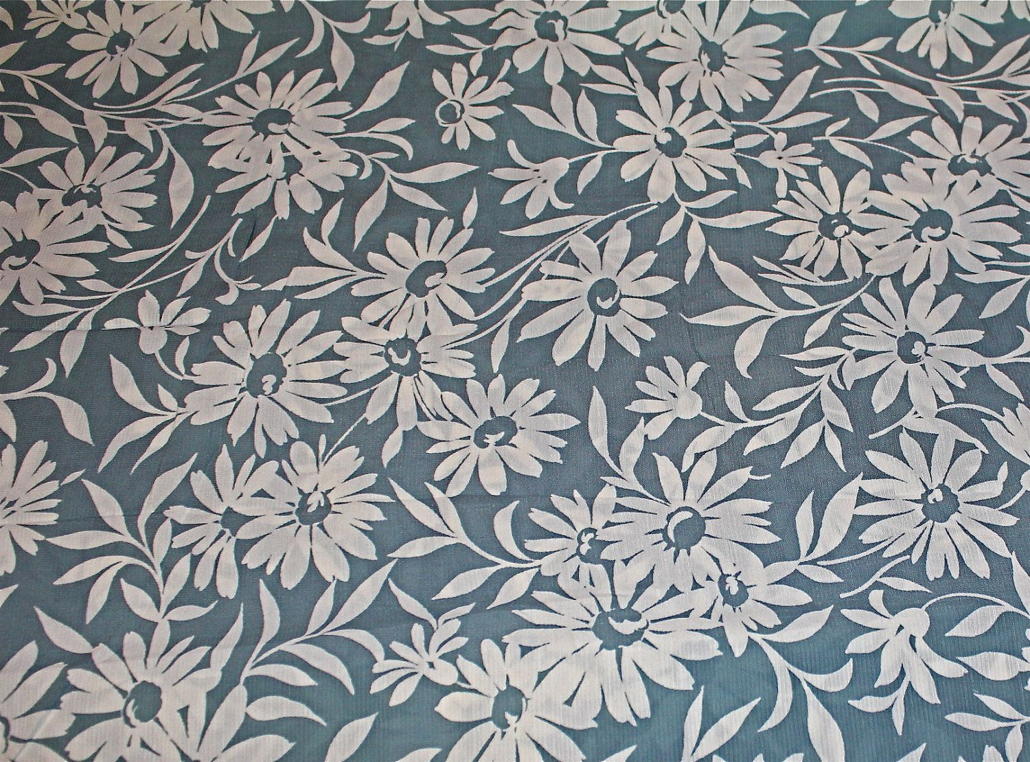 Floral Print Fabrics From The Uk Vintage 1940 S Rayon