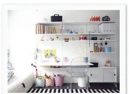 String organizing pinterest kids rooms string shelf for Bedroom shelves inspiration