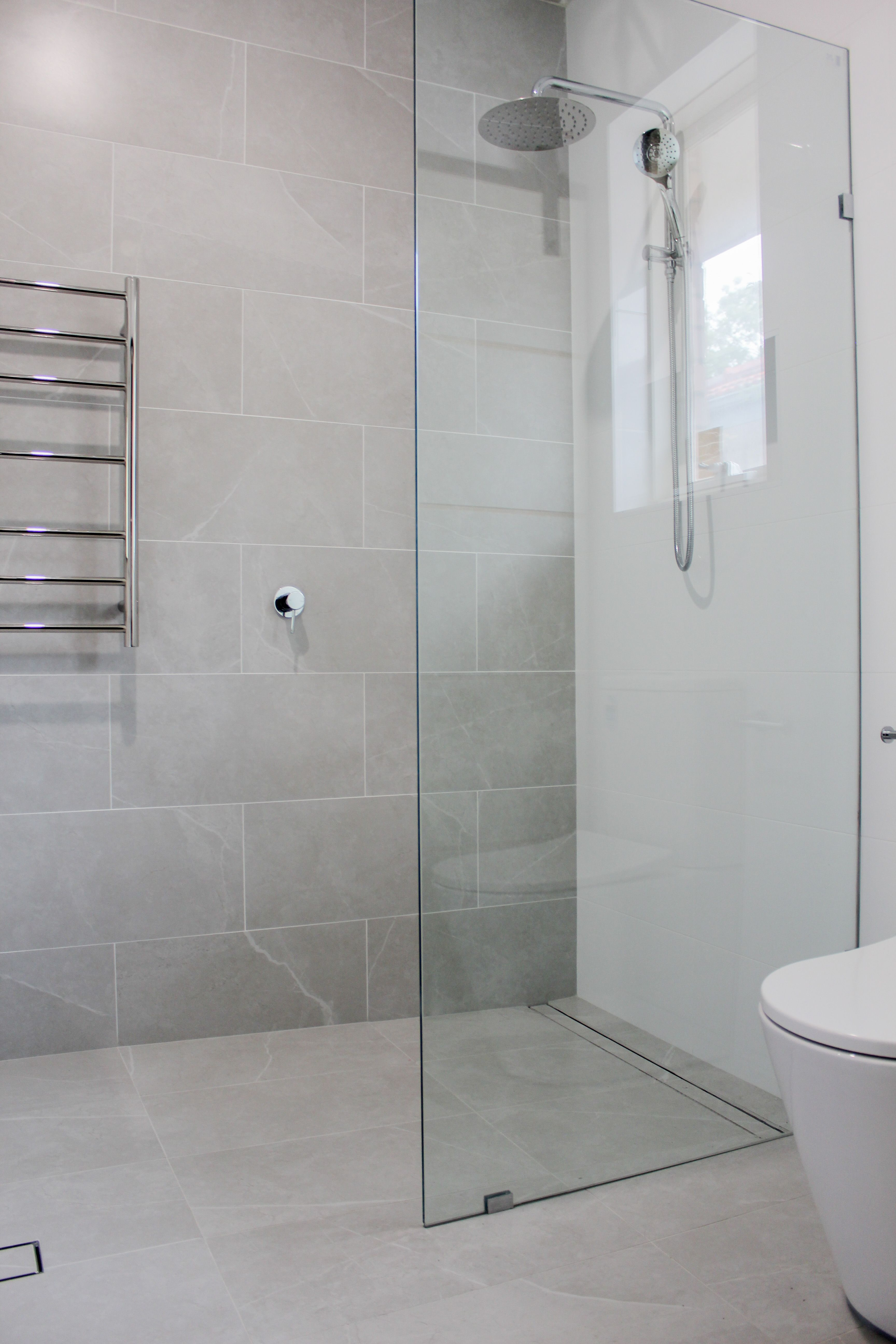 Brick Fashion Feature Wall Shaker Vanity Walk In Shower Wet Room Set Up In 2020 Bathroom Remodel Pictures Bathroom Renovations Perth Bathroom Renovations