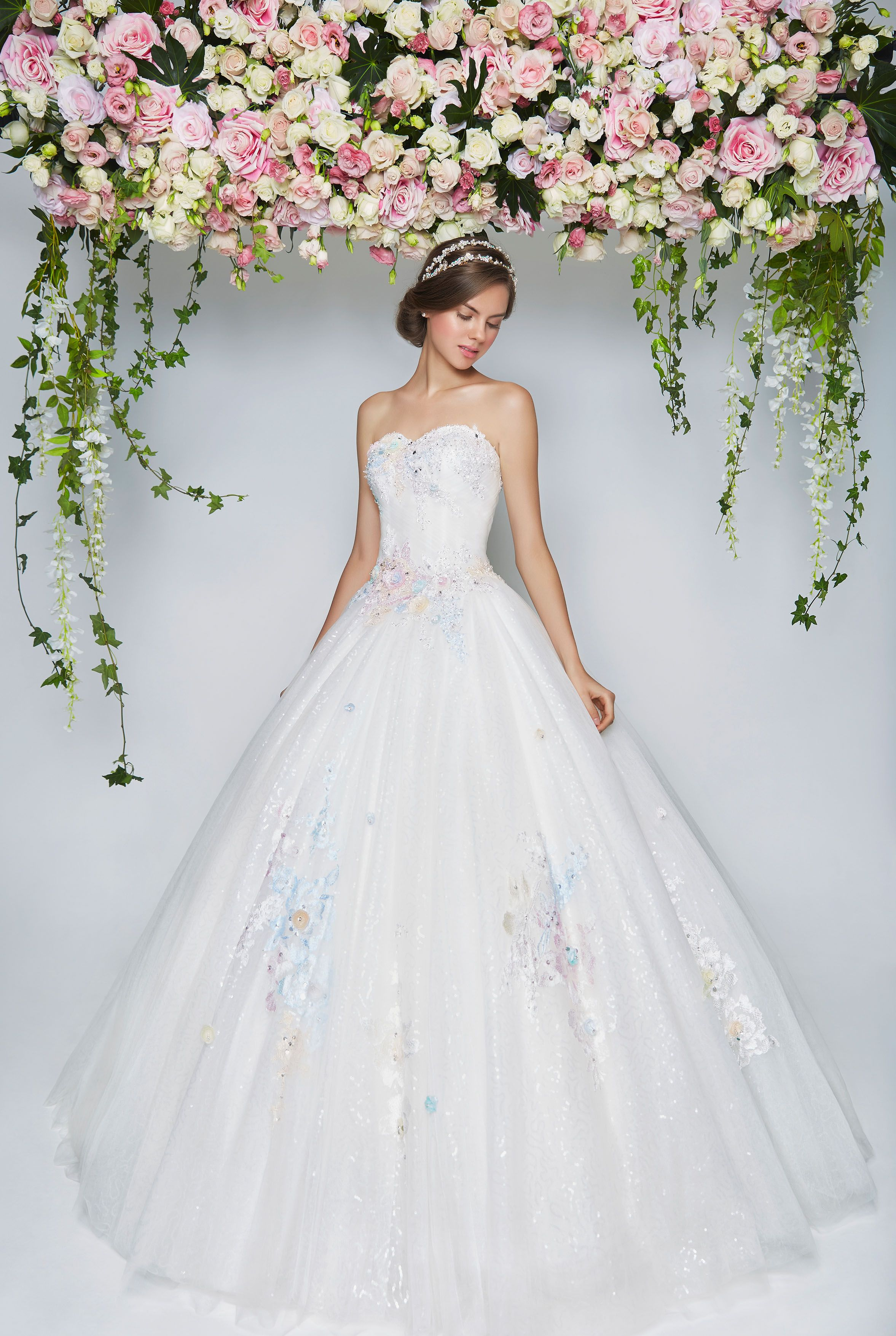 Blooming romantic pretty in floral floral wedding dresses bridal